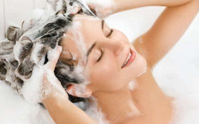 Časté umývanie vlasom neprospieva!